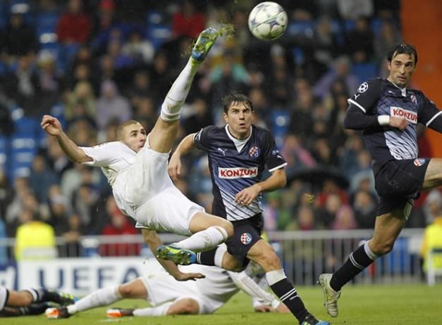 http://www.resultados-futbol.com/benzema-su-chilena-al-dinamo-zagreb-champions-2011-rf_545545.jpg