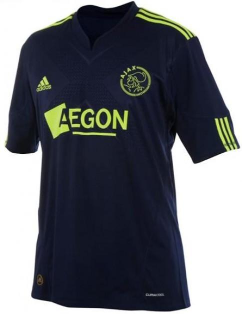 Los 10 mejores uniformes de la temporada 2011/12 - Taringa!