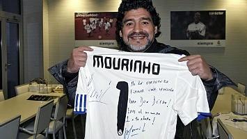 Nuestro Mourinho en estado puro Camiseta-firmada-mou-maradona-rf_302485