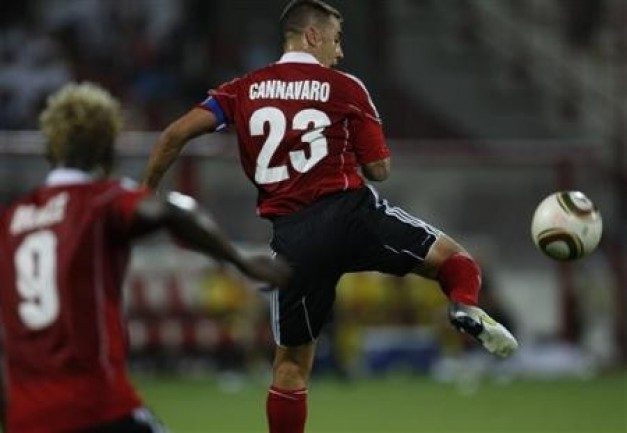 Fabio Cannavaro Ex-capitan-italiano-fabio-cannavaro-presente-club-al-ahli-capitan-accion-partido-contra-al-wasl-dubai-emiratos-arabes-unidos-miercoles-septiembre-rf_214733