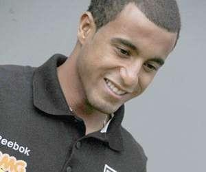 http://www.resultados-futbol.com/lucas-moura-300x250-8k-e1333698166148-rf_604772.jpg