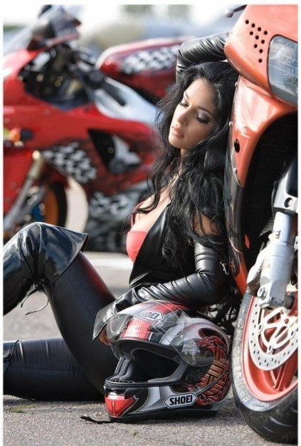 Pedazo de moto...709