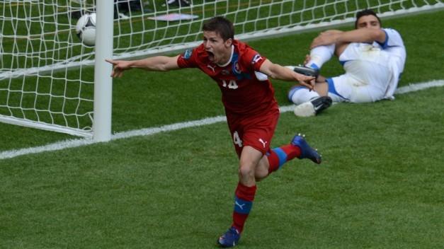 Pilar celebra su gol ante Grecia